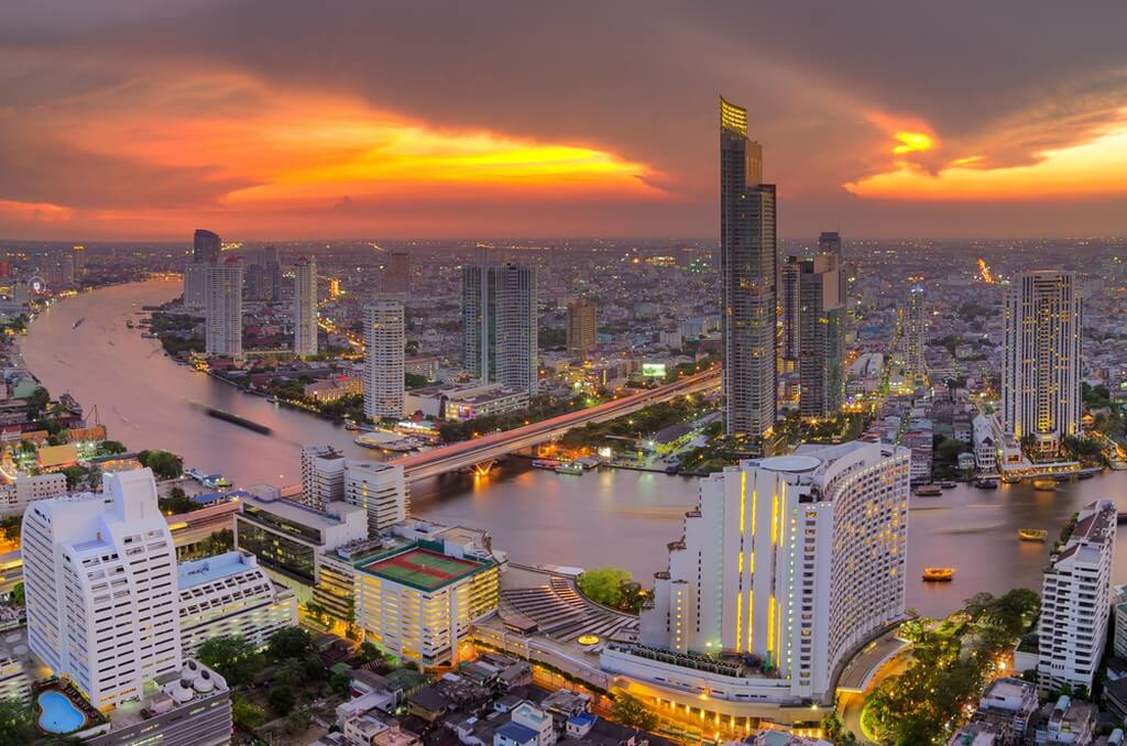 The perks of doing your internship in Bangkok